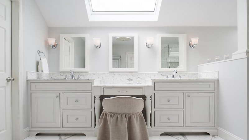 Creative Bathroom Vanity Cabinets for Your Small Sized Bathroom