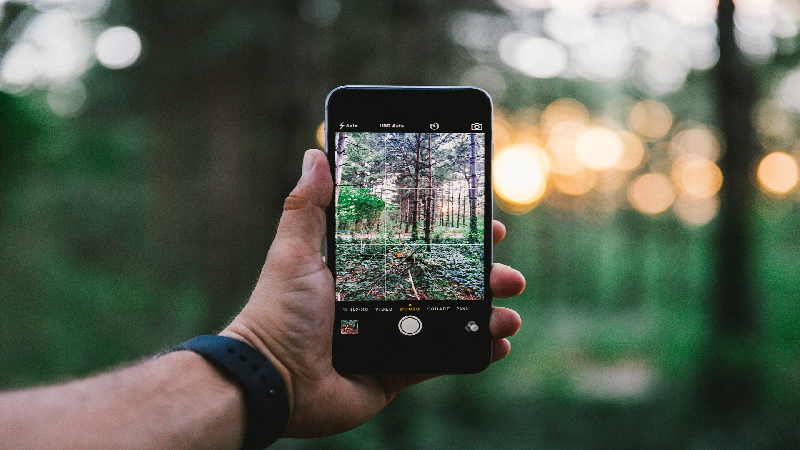 How to Turn Your Smartphone into an Impeccable Camera?