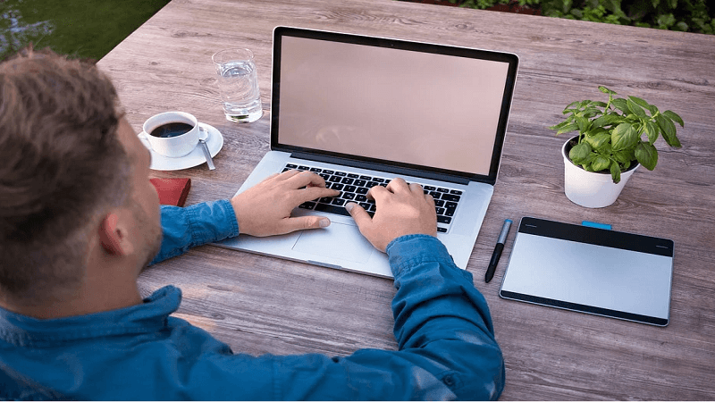 How to Start Having Less Screen Time